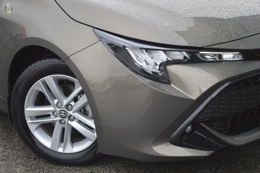 2018 Toyota Corolla SX ZRE182R