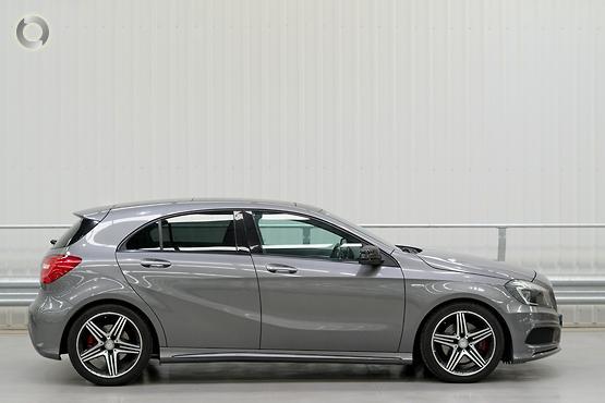 2015 Mercedes-Benz <br>A 250 SPORT