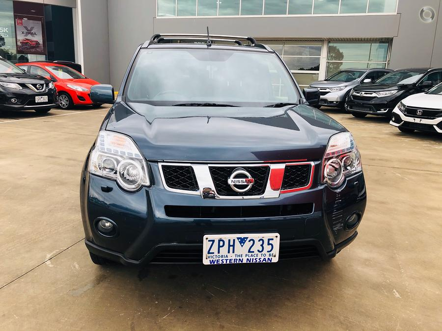 2013 Nissan X-TRAIL Adventure Edition