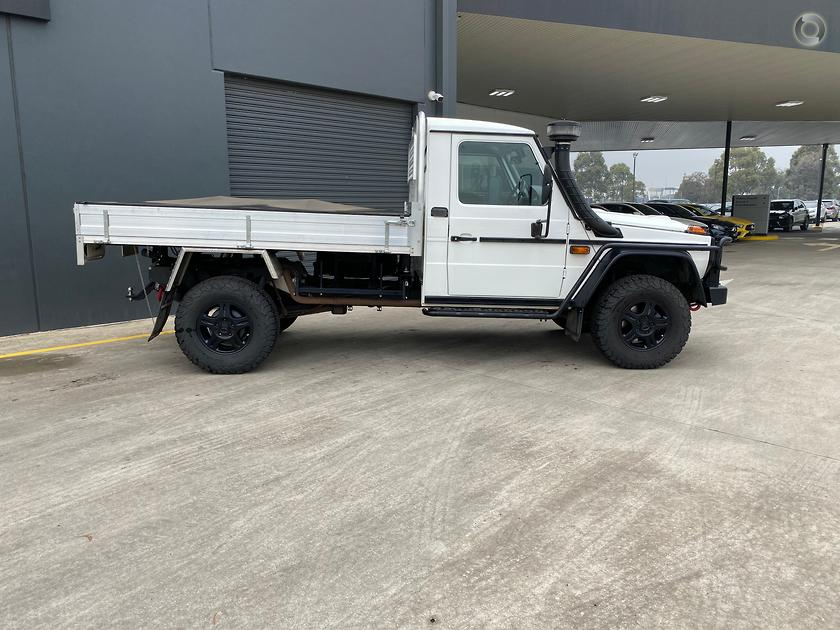2016 Mercedes-Benz G 300 CDI Cab Chassis