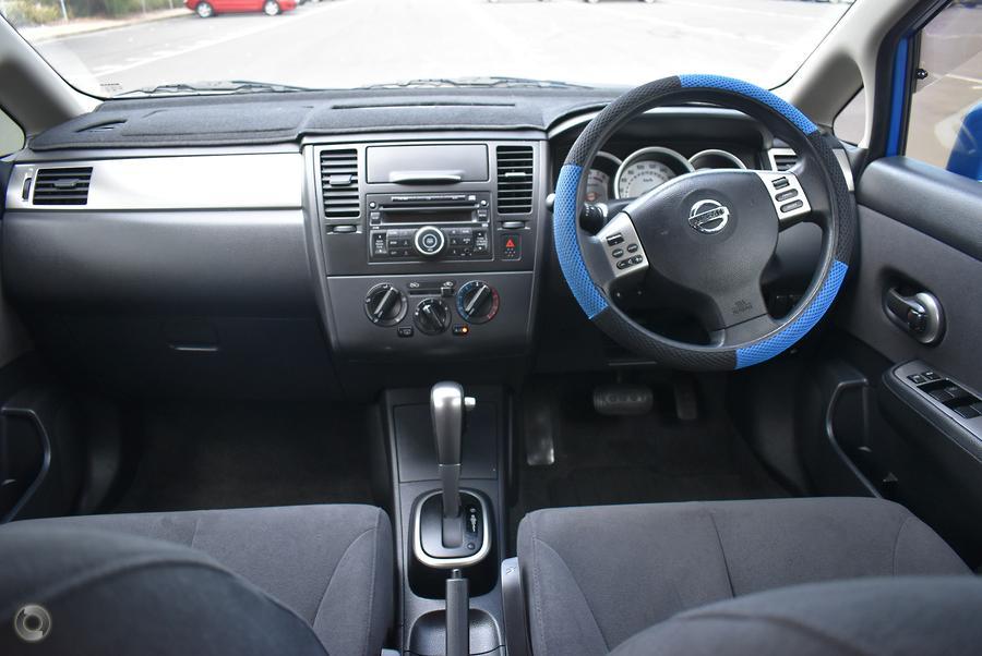 2010 Nissan Tiida ST C11