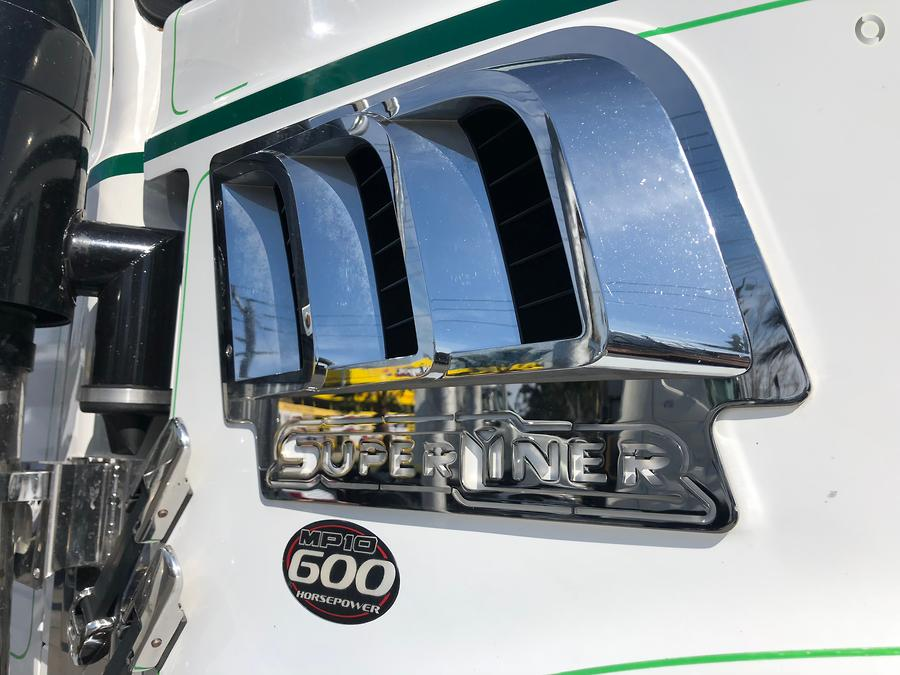 2013 Mack Superliner - Larsens Truck Sales