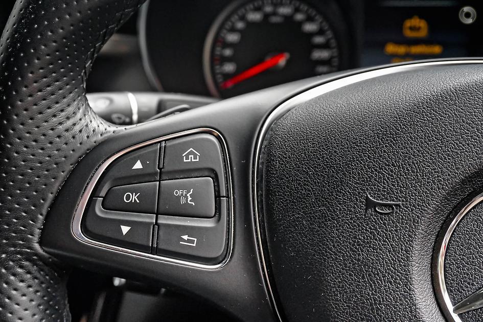 2015 Mercedes-Benz C 200 BLUETEC Sedan