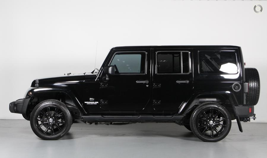 2013 Jeep Wrangler Unlimited Overland JK
