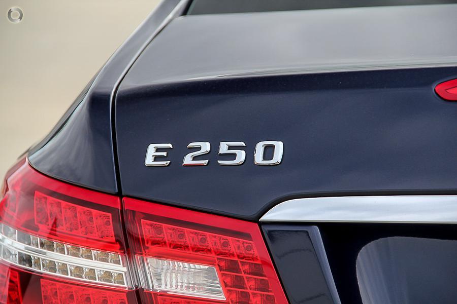 2011 Mercedes-Benz E250 CGI Avantgarde  C207