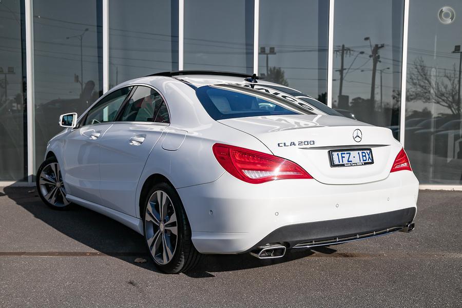 2015 Mercedes-Benz CLA200