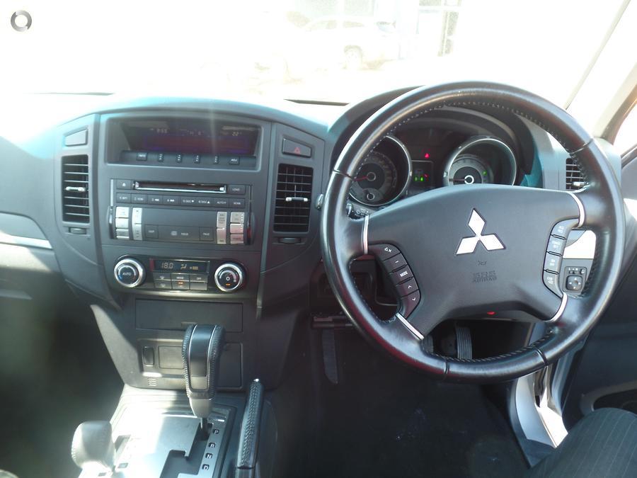 2007 Mitsubishi Pajero R NS