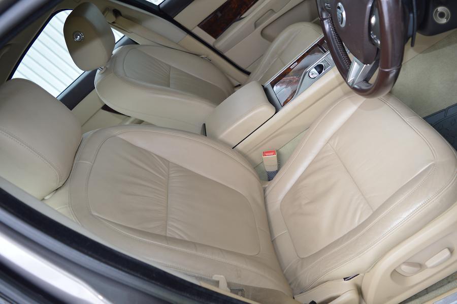 2011 Jaguar XF Luxury X250
