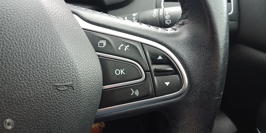 2017 Renault Megane Zen KFB