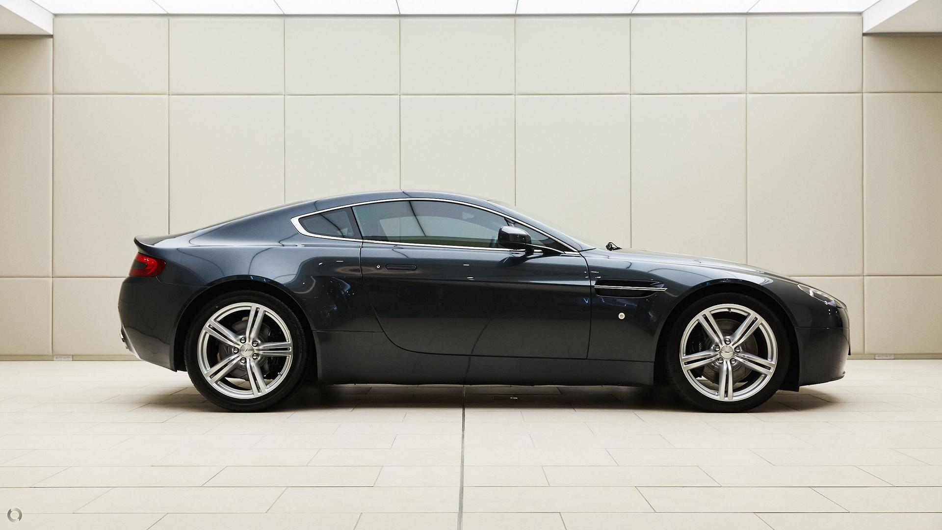 2009 Aston Martin V8 (No Series)
