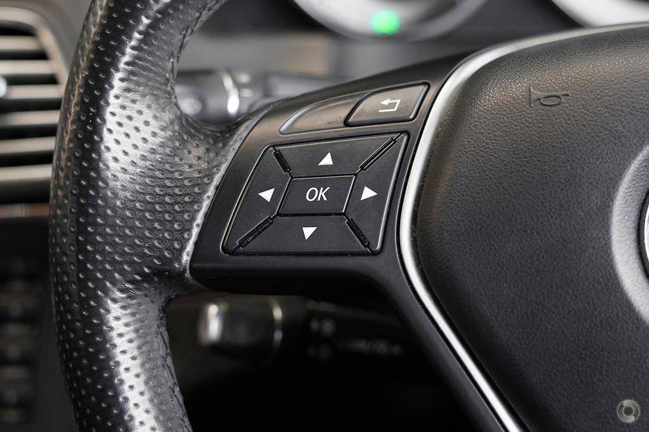 2013 Mercedes-Benz E 200 Coupé