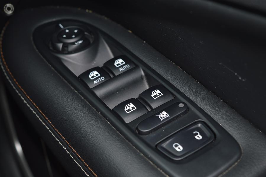 2018 Jeep Compass Longitude M6
