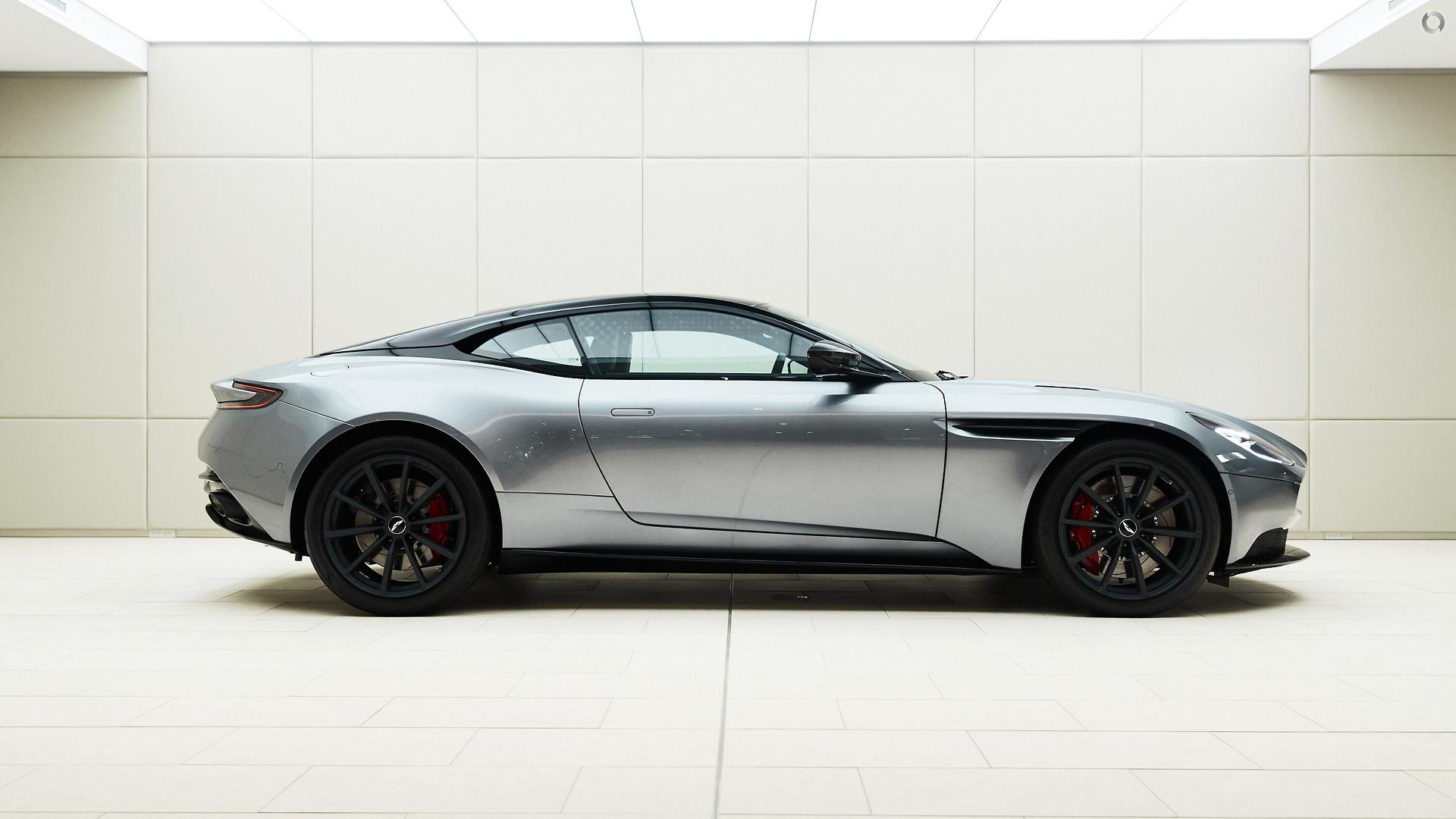 2019 Aston Martin DB11 (No Series)