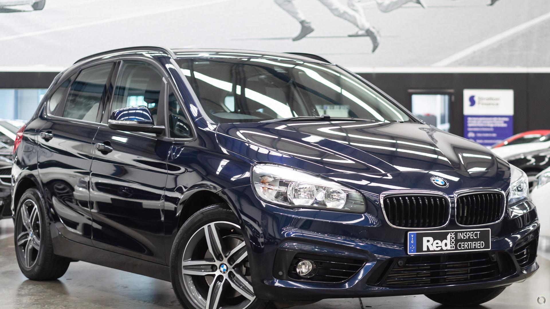 2015 BMW 218i Sport Line F45