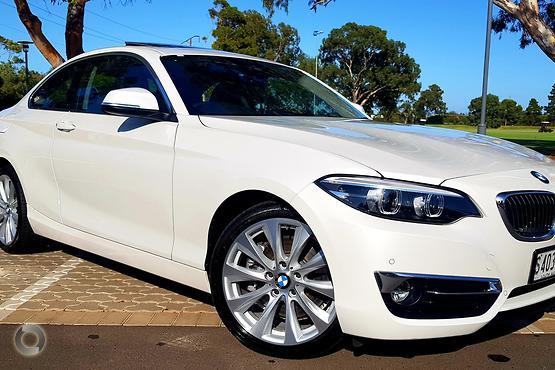 2018 BMW 230i Luxury Line