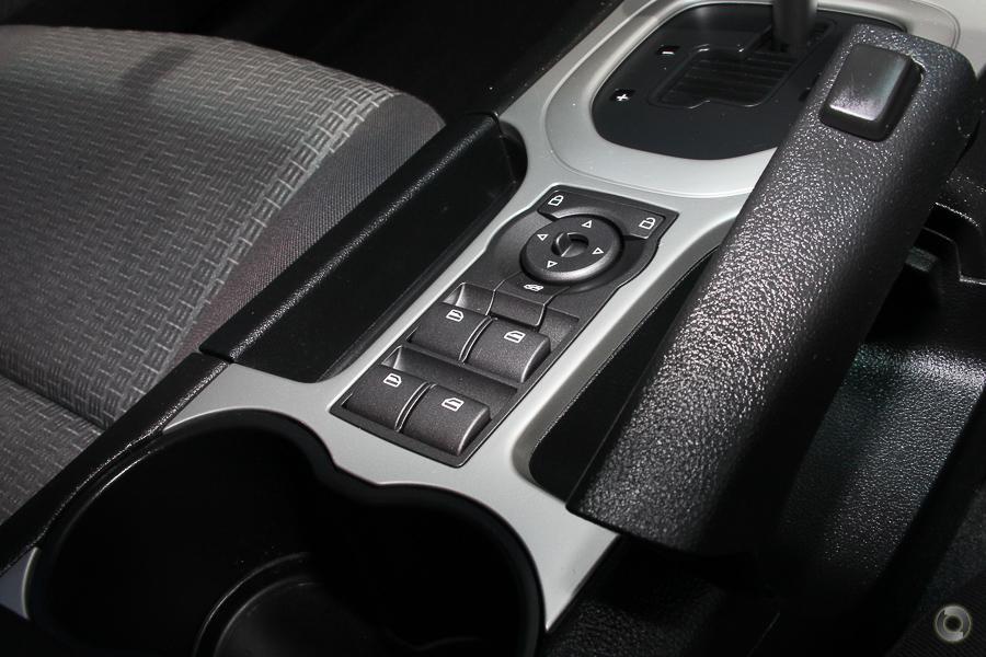 2010 Holden Commodore Omega VE