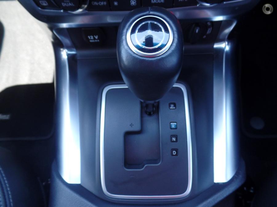 2018 Mercedes-Benz X250d Power  470
