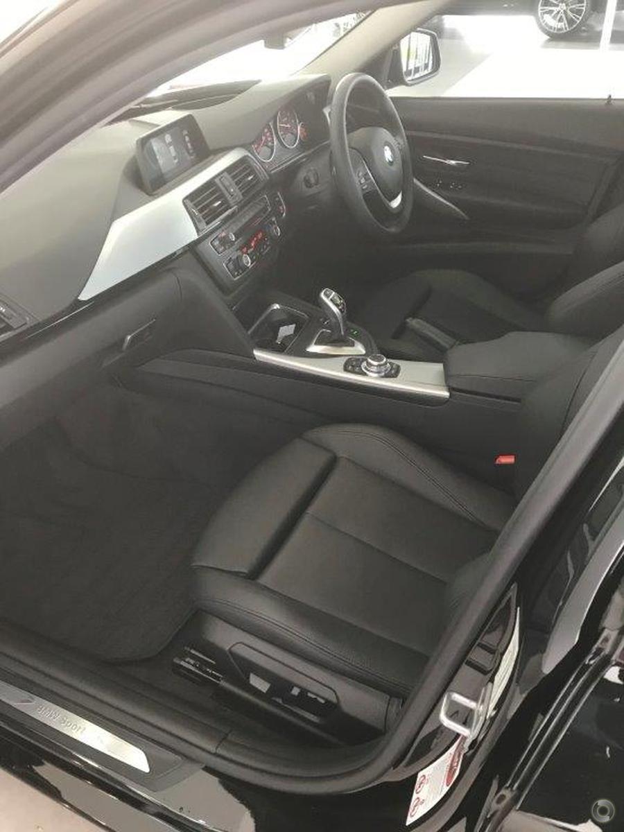 2015 BMW 320d Sport Line