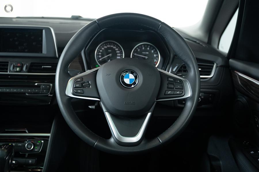 2014 BMW 220i Sport Line
