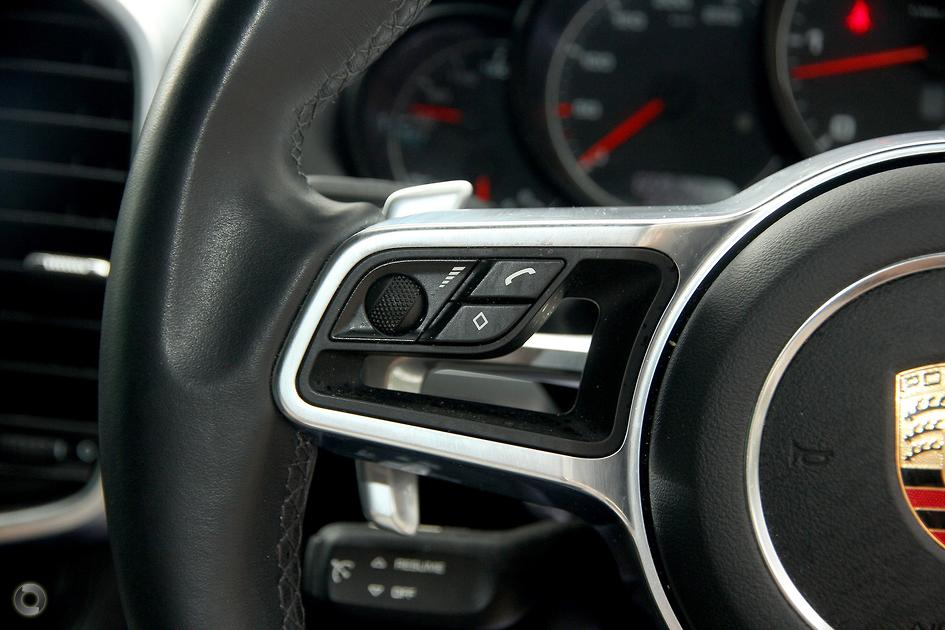 2016 Porsche CAYENNE Suv Diesel Platinum Edition