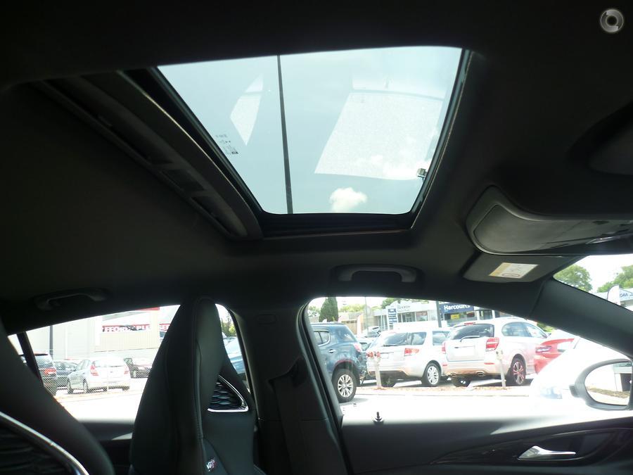 2019 Holden Commodore VXR ZB