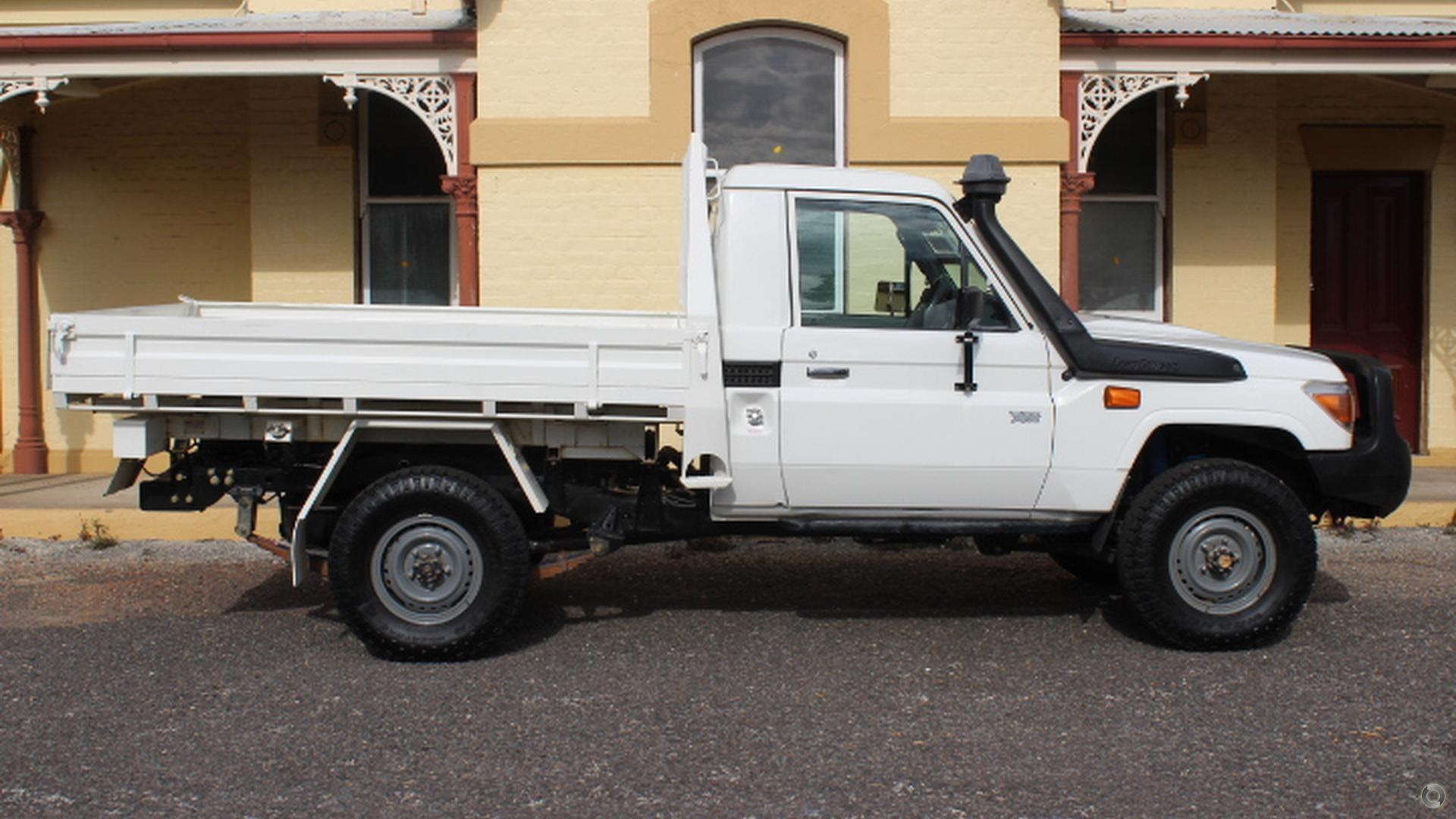 2013 Toyota Landcruiser Workmate VDJ79R