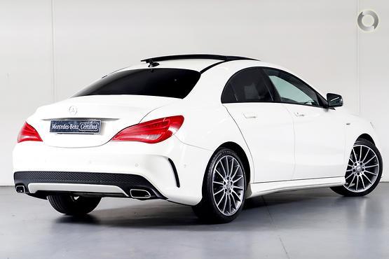 2015 Mercedes-Benz CLA 200