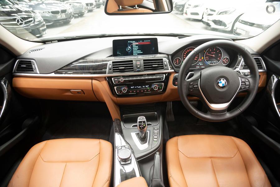 2016 BMW 320d Luxury Line  F30 LCI