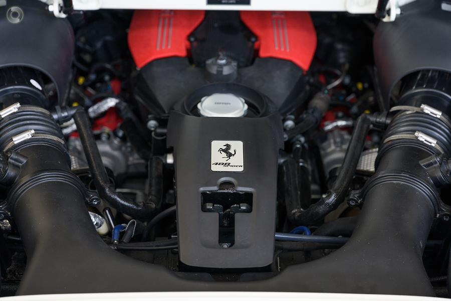 2017 Ferrari 488 Spider  F142