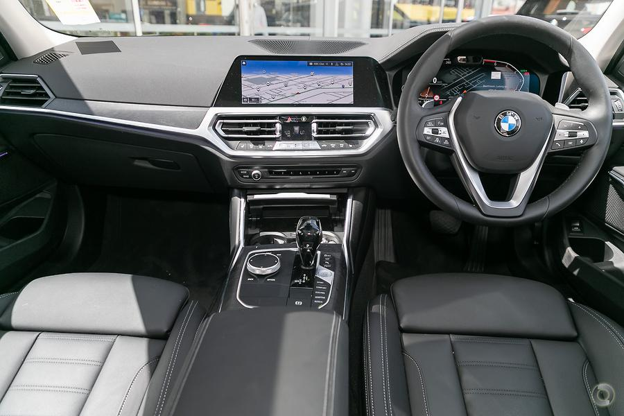 2019 BMW 330i Luxury Line