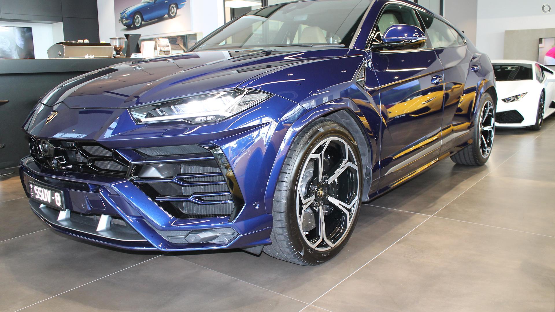 2018 Lamborghini Urus  636