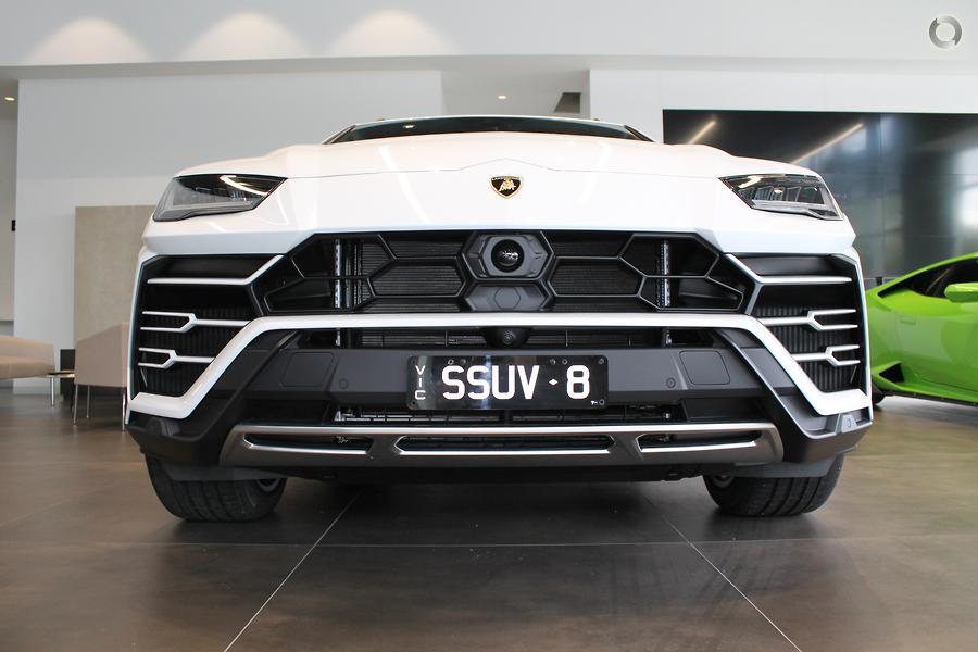 2019 Lamborghini Urus  636