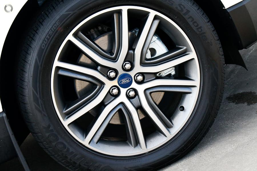 2018 Ford Endura Titanium CA