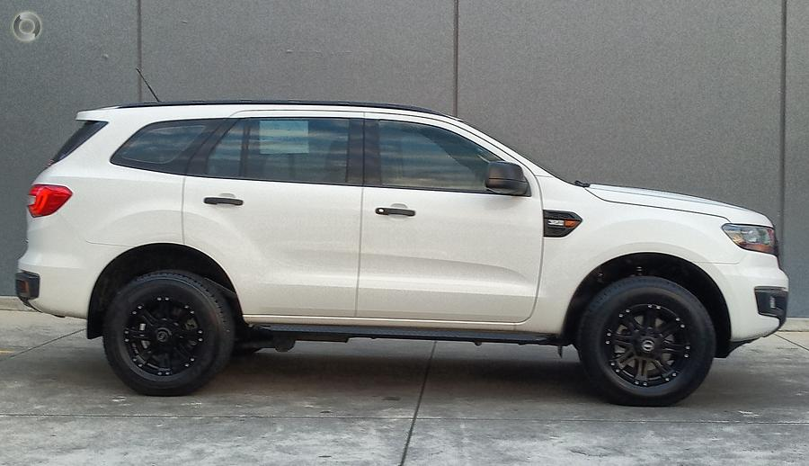 2015 Ford Everest Ambiente UA