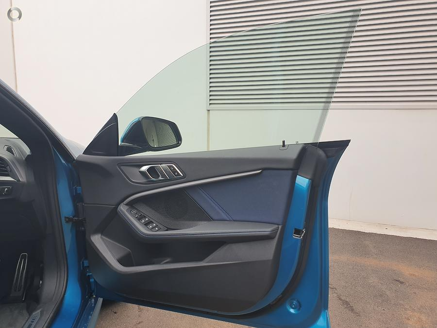 2020 BMW 218i M Sport