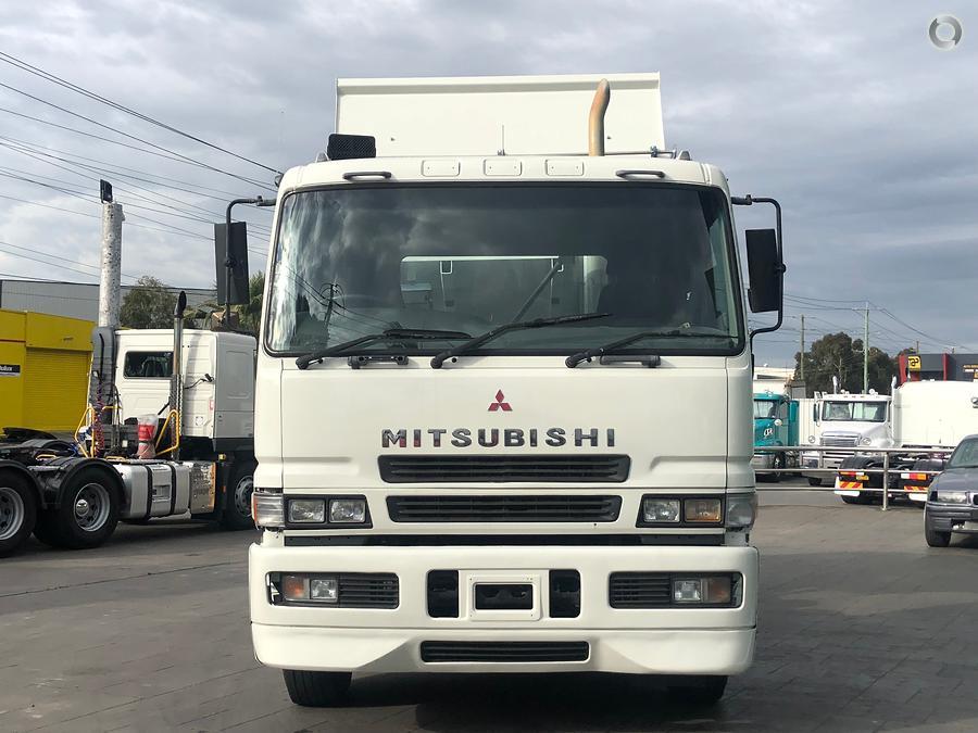 2004 Mitsubishi FP500