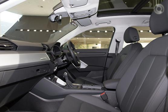 2019 Audi Q3 35 TFSI F3