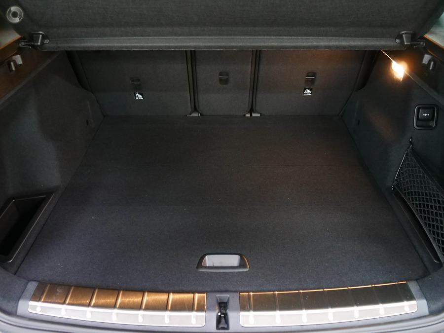 2020 BMW X1 sDrive18i