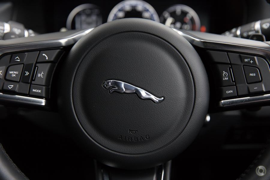 2017 Jaguar XF 20d R-Sport X260