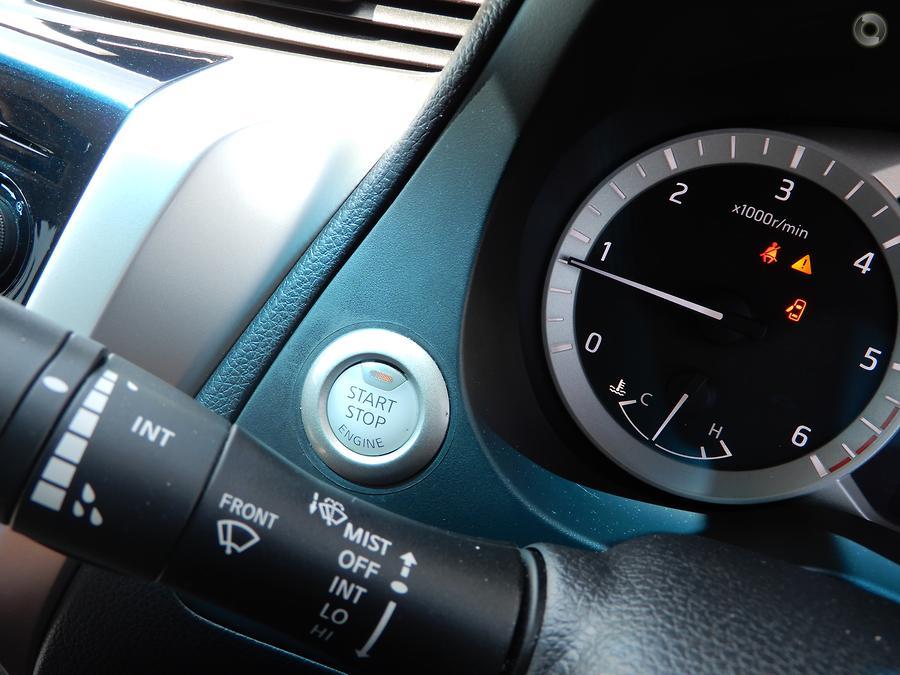 2016 Nissan Navara ST-X