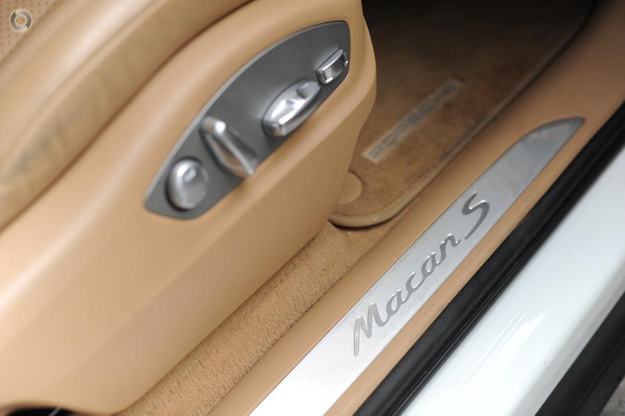 2015 Porsche Macan S Diesel 95B