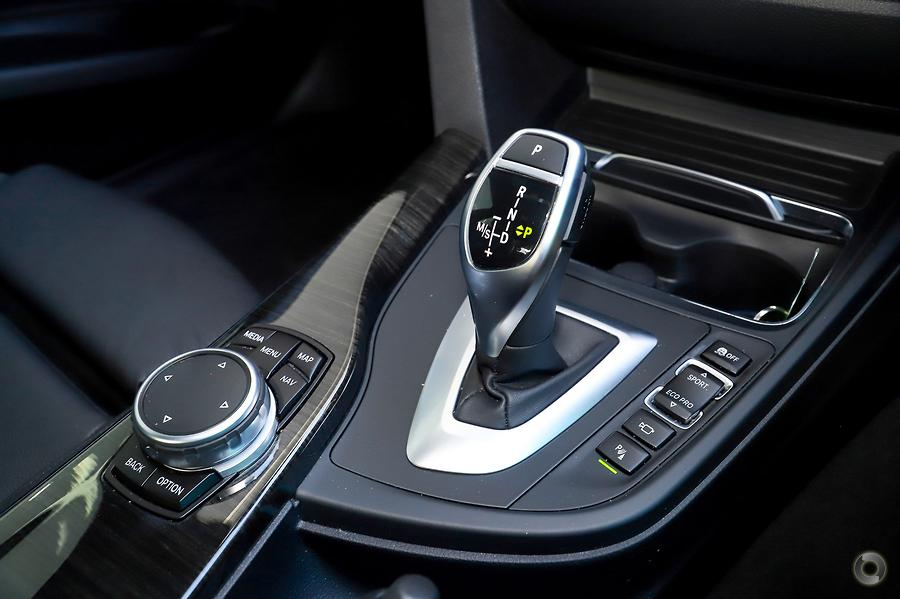 2016 BMW 330i M Sport