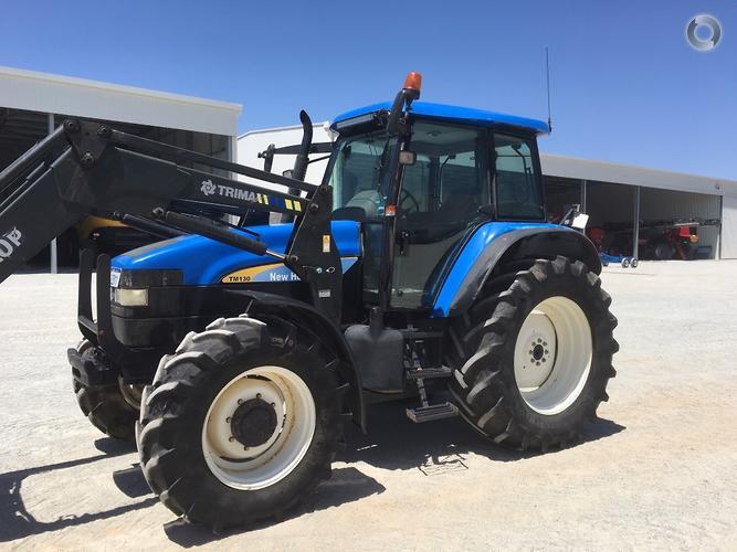 New Holland TM130