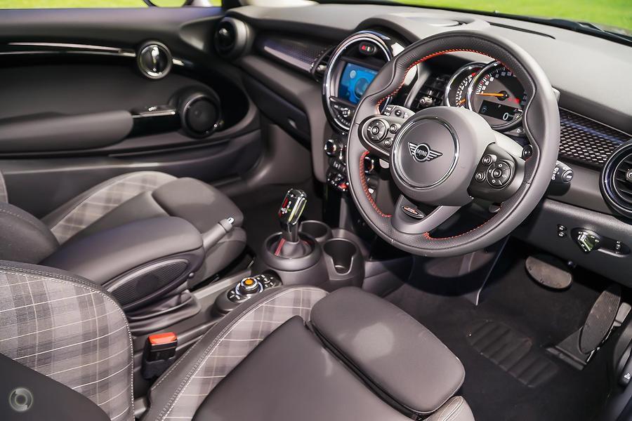 2019 MINI Hatch Cooper S