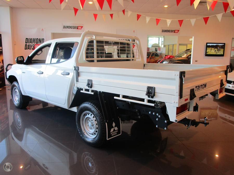 2019 Mitsubishi Triton GLX ADAS MR