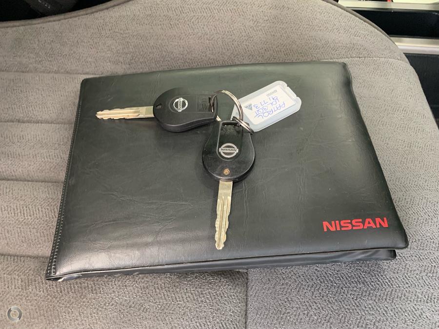 2014 Nissan Patrol ST Titanium