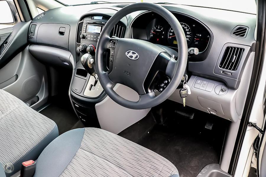 2014 Hyundai iLoad  TQ2-V