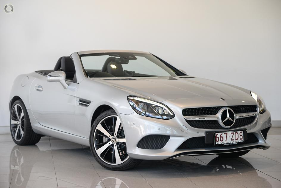 2019 Mercedes-Benz SLC 200 Roadster