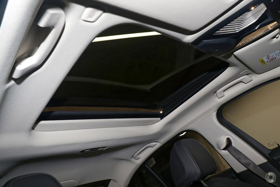 2018 BMW 330i Luxury Line
