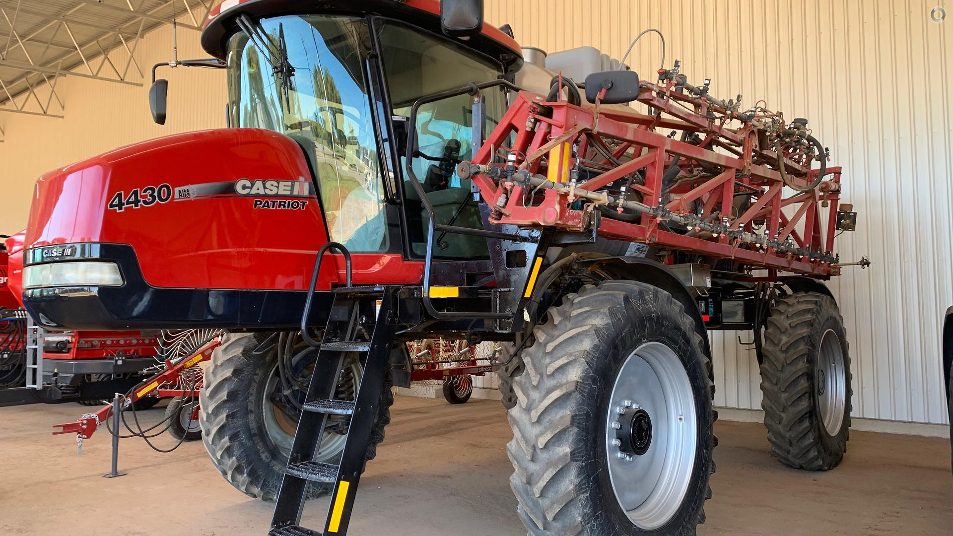 2012 CASE Patriot 4430 Sprayer